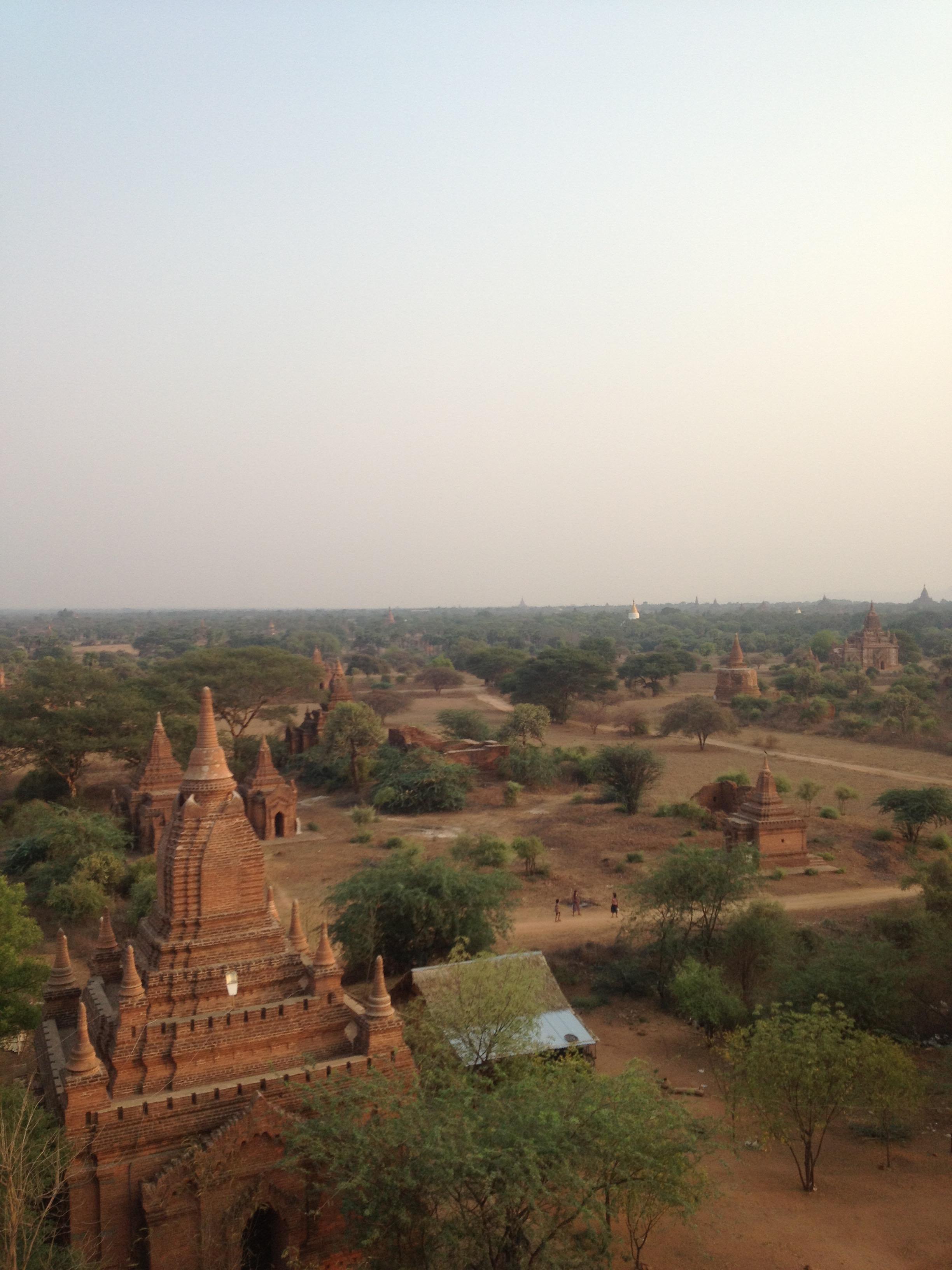 一生に一度は訪れたい絶景な『世界三大仏教遺跡バガン』